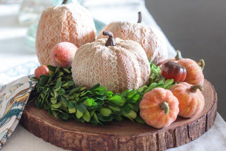 lace-pumpkins-3