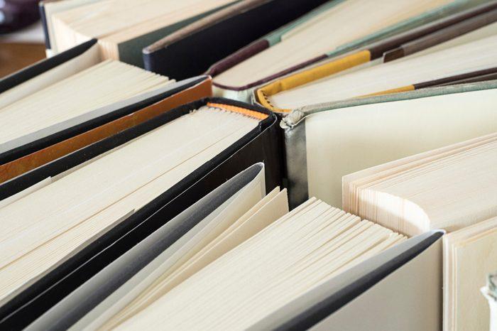 Book tops, Closeup