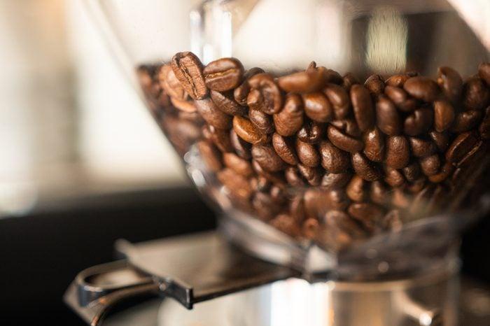 Fresh coffee bean grinder machine