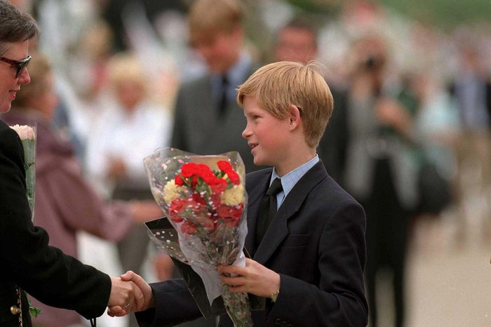 PRINCE CHARLES, PRINCE WILLIAM AND PRINCE HARRY VIEWING FLORAL TRIBUTES AFTER DEATH OF PRINCESS DIANA