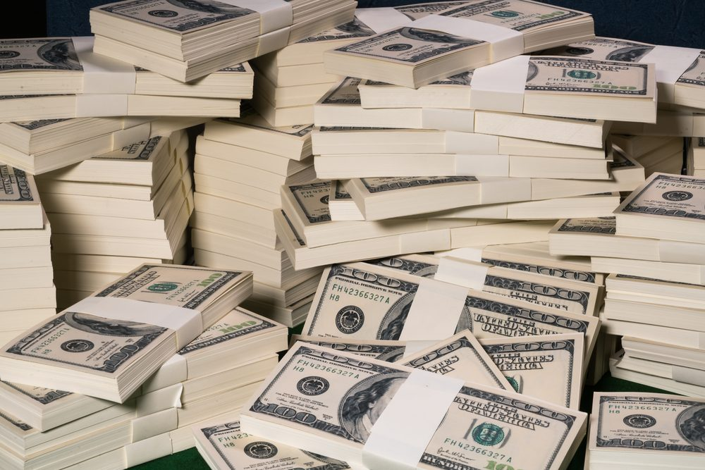 The Most Successful Bank Robberies in History | Reader's ...