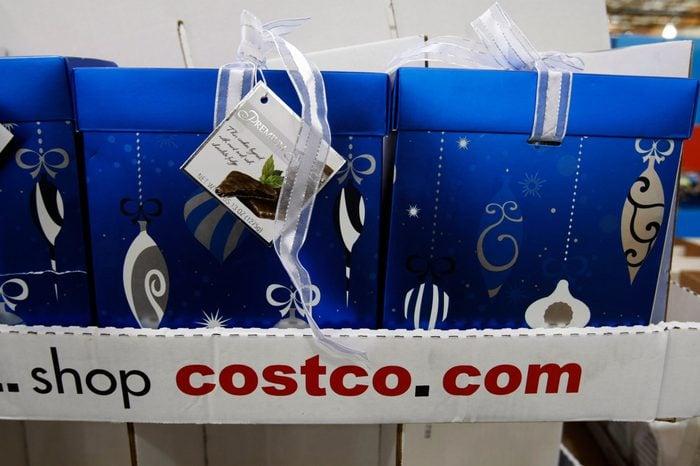 Earns Costco, Mountain View, USA