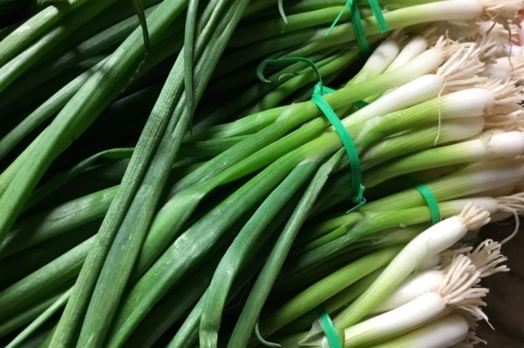 Raw Scallion Bunches