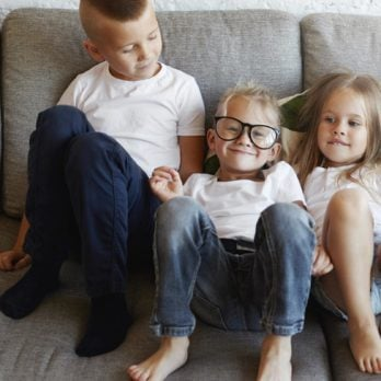 16 Things Only Middle Children Understand