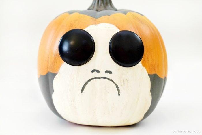 Star-Wars-Porg-Pumpkin-700x467