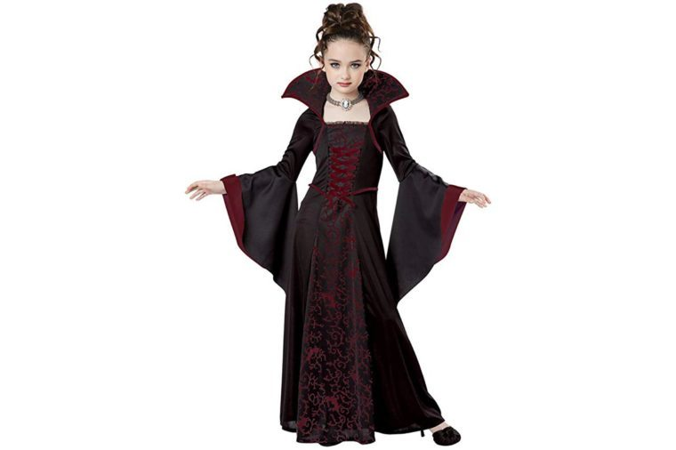 V&ire Girl Costume  sc 1 st  Readeru0027s Digest & The Best Kidsu0027 Halloween Costumes | Readeru0027s Digest