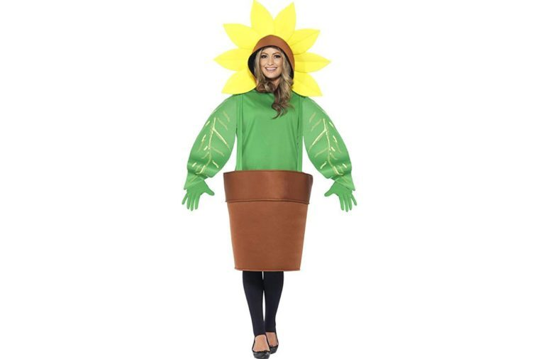 15 Funny Halloween Costumes Guaranteed to Get Laughs