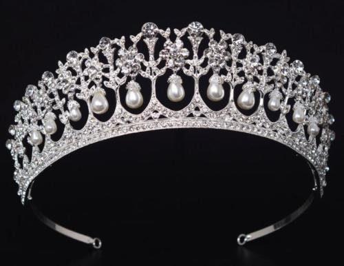 lovers knot tiara