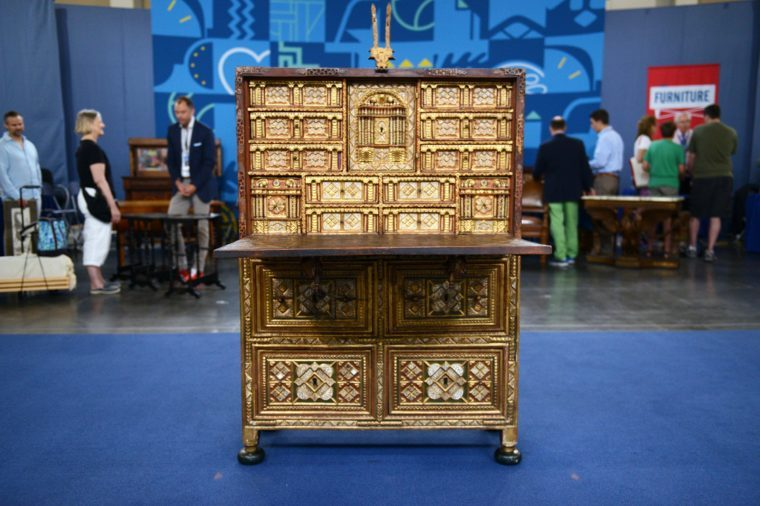 The Most Valuable Finds in Antiques Roadshow History