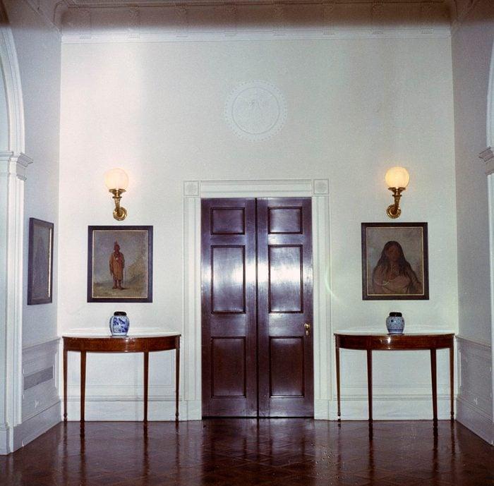 corridor to jackie's room