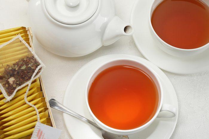 Black tea cups and pot / herbal tea cup