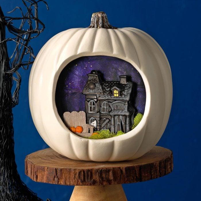 decorated pumpkin halloween craft