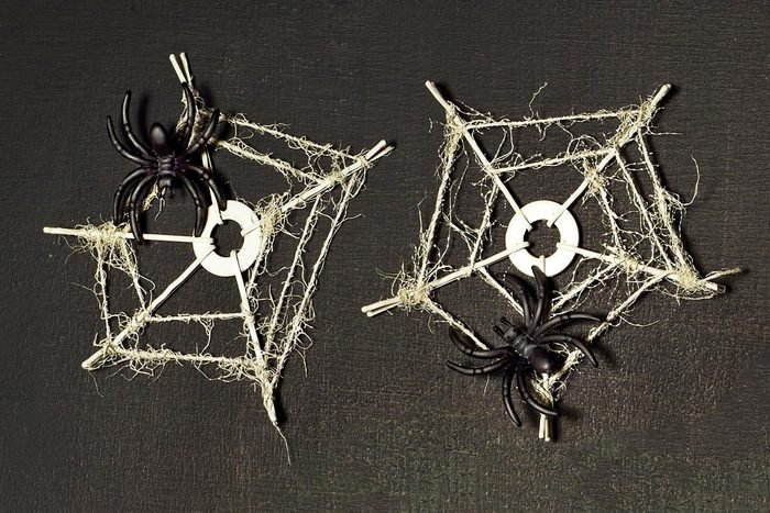cobweb coaster halloween craft