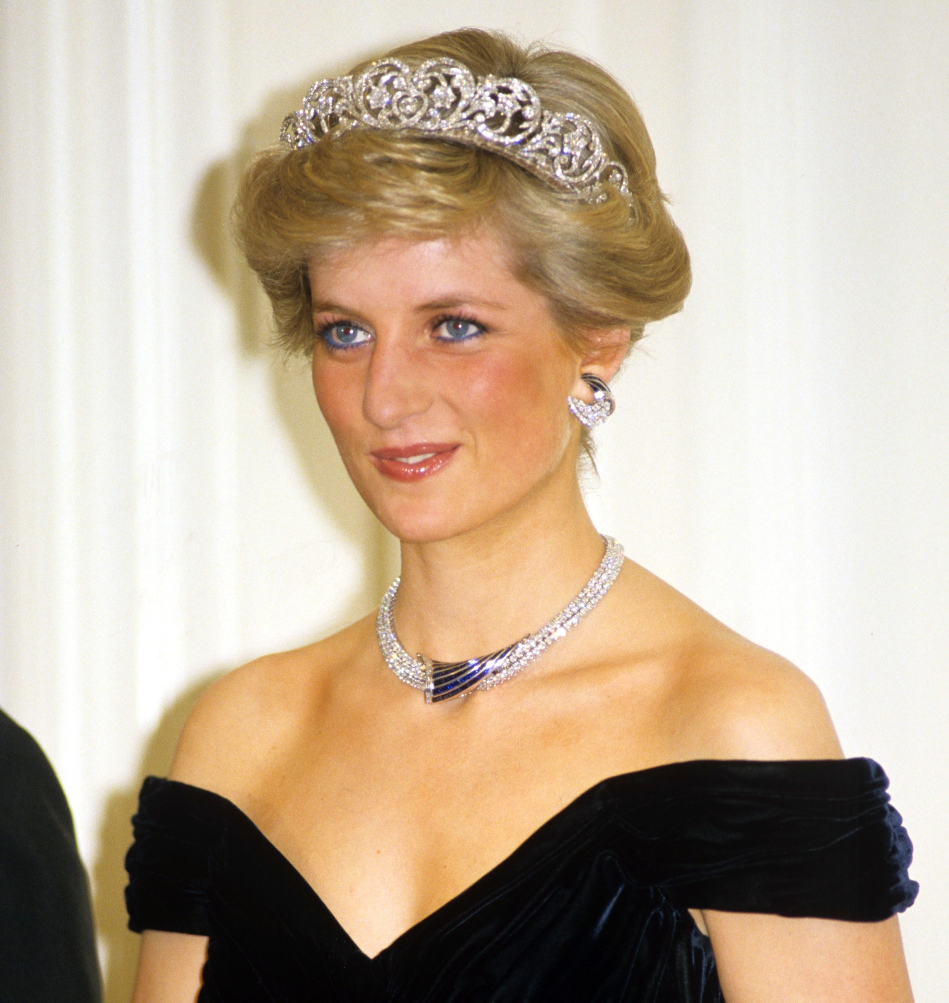 Mandatory Credit: Photo by David Levenson/Shutterstock (139864b) PRINCESS DIANA IN GERMANY 1987 British Royal tour of West Germany - Nov 1987