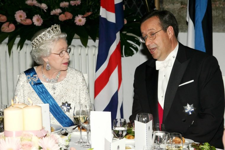 Queen Elizabeth II and Estonian President Toomas Hendrik at banquet