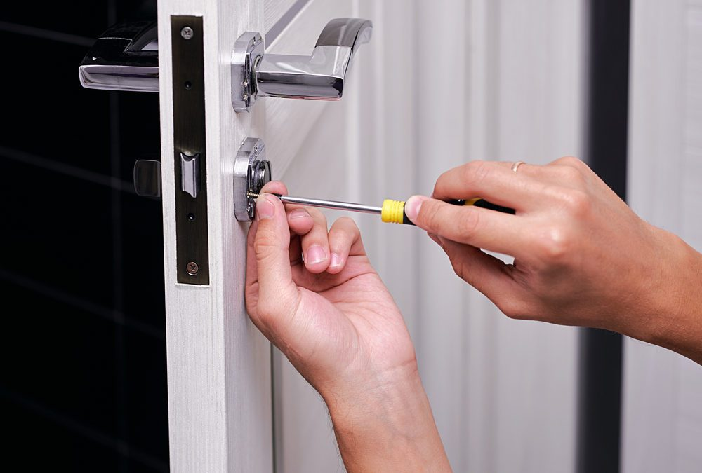 House Locksmith Secrets That Pros Won't Tell You | Reader's