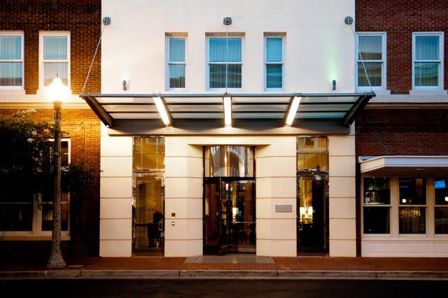 hotel+exterior