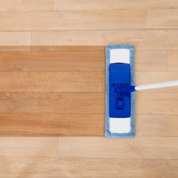 How to Clean Vinyl Floors: 11 Tricks You Need to Know