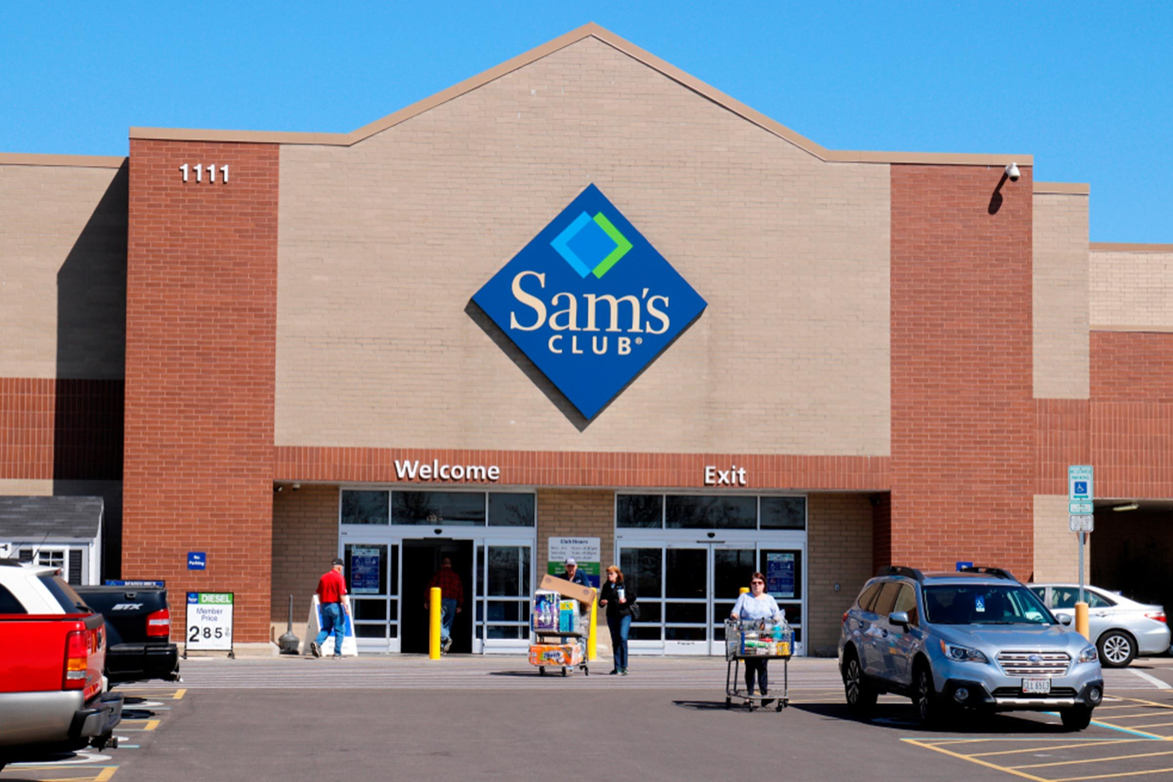 Deciding whether to join Costco or Sam's Club is no small task. Both warehouse giants offer an array of discounted goods and services including grocery items, prescription medications, electronics, automotive supplies and services, and more. Both also promise exceptional deals compared with .
