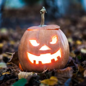 10 Scary Good Halloween Riddles