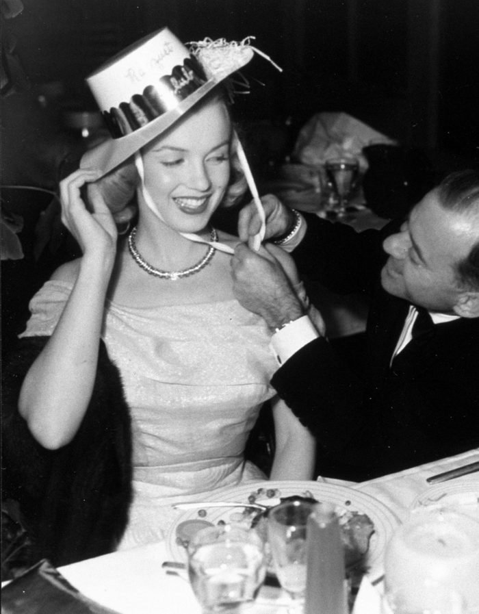 VARIOUS FILM STILLS OF 1949, CLOTHING, JOHNNY HYDE, MARILYN MONROE, CALIF. PALM SPRINGS, DINING, DRESSING, HAT, FUSSING, FLIRTING, COUPLE, MARRIED IN 1949