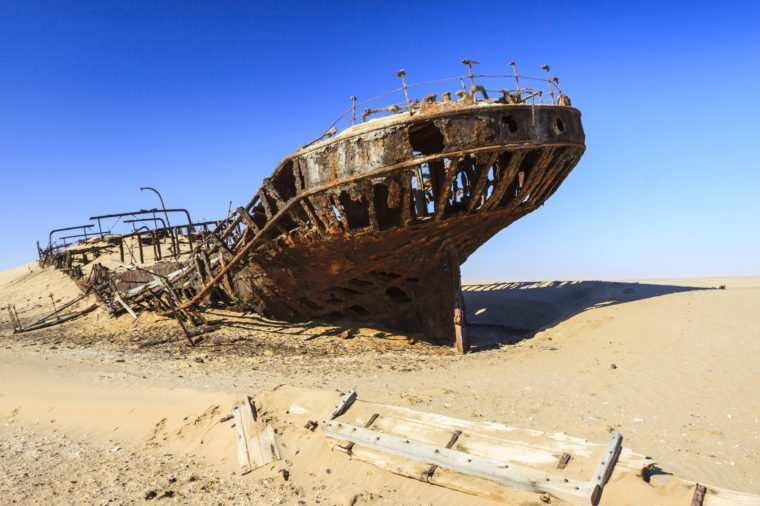 VARIOUS Eduard Bohlen Shipwreck, Namib Desert, Namib Naukluft Park, Namibia, Africa