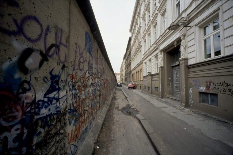VARIOUS Fall of the Berlin Wall, wall in Berlin-Kreuzberg, Berlin, Germany, Europe