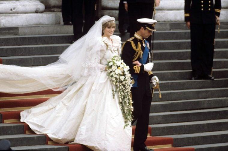 Princess Diana Had A Secret Backup Wedding Dress Reader S Digest