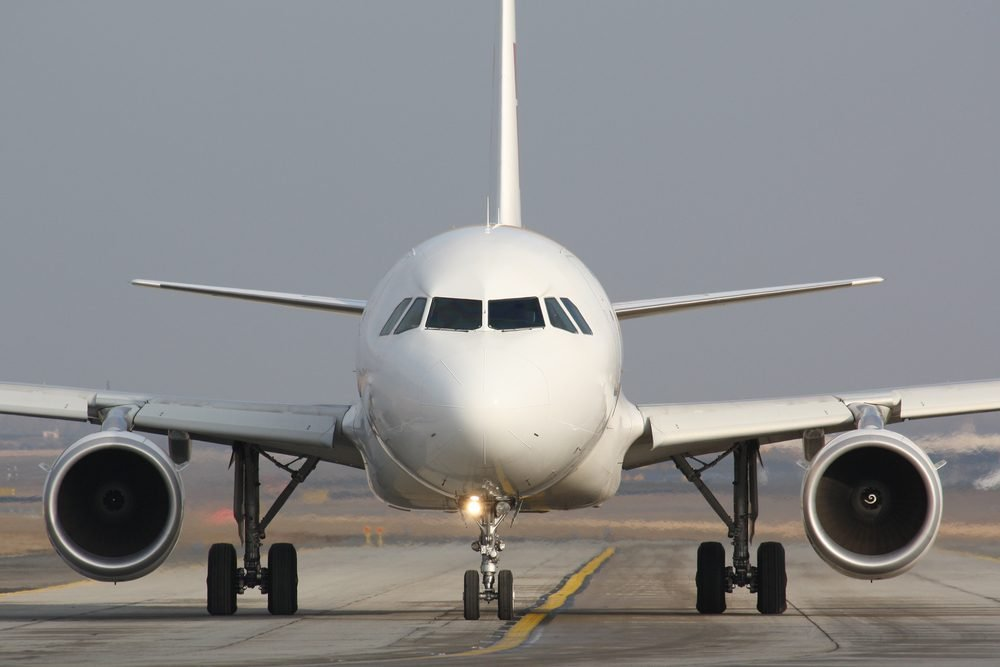 Taxiing plane