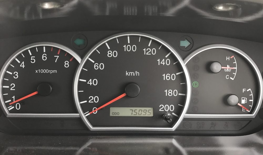 speedometer with rpm and km meter