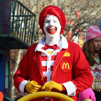 The Bizarre Rules Behind Playing the Role of Ronald McDonald