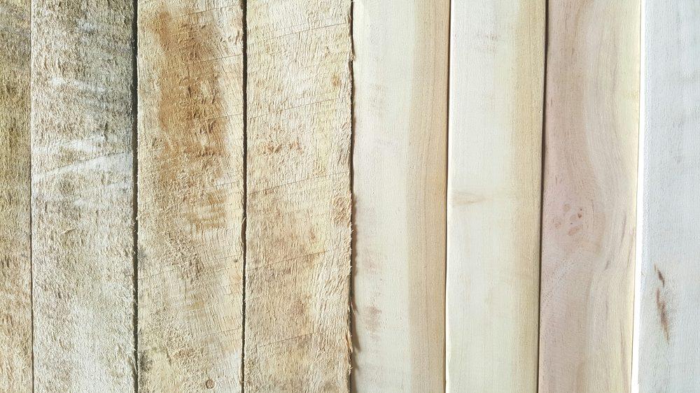 White vinegar uses wood