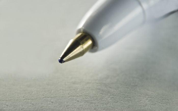 White vinegar uses pen and paper