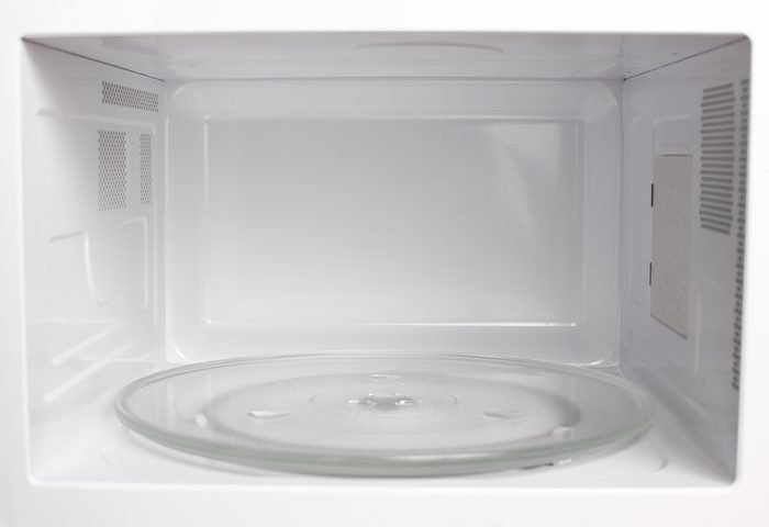 White vinegar uses microwave