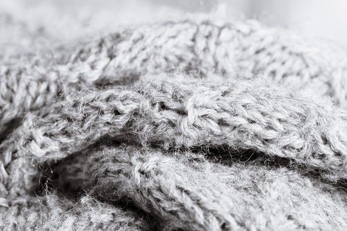 White vinegar uses shrunken sweaters stretching out sweater