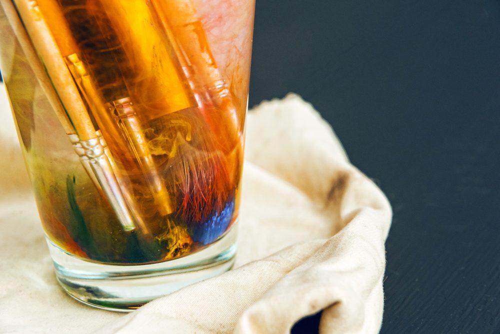 vinegar uses revive paint brushes