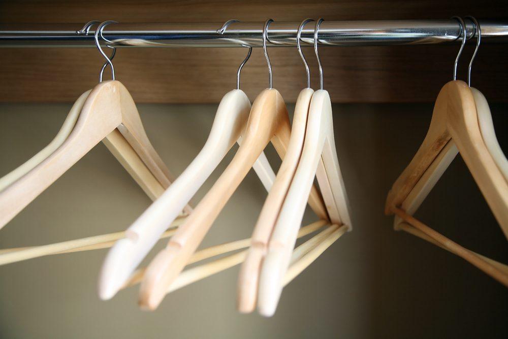 vinegar uses freshen musty closet