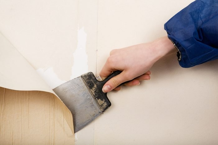 vinegar uses peel off wallpaper