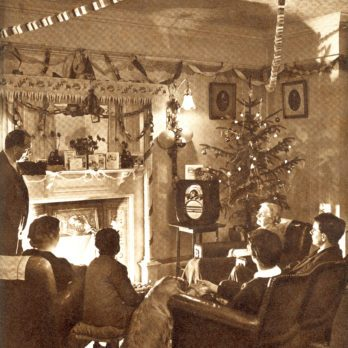 31 Vintage Photos of Christmases Past