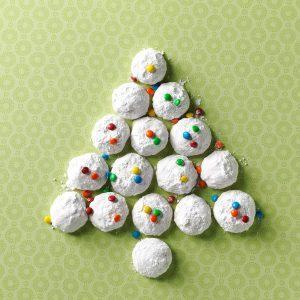 Hawaii: Ginger-Macadamia Nut Snowballs