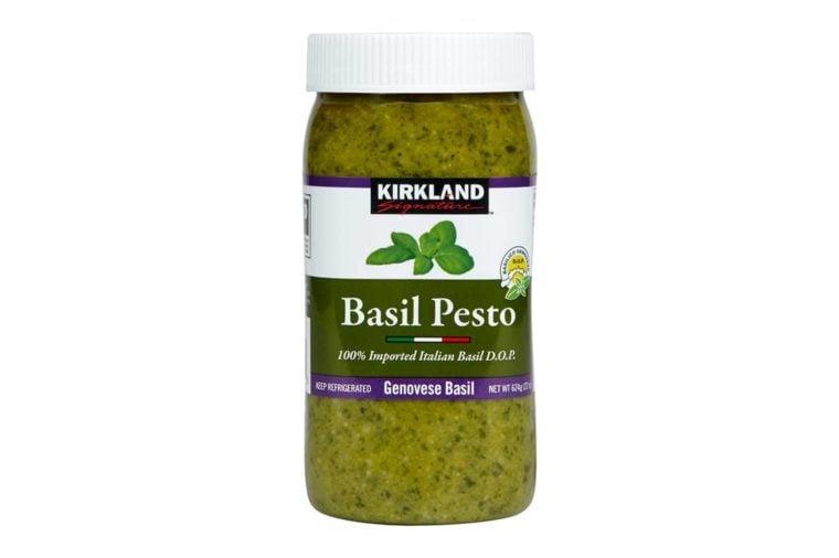 Kirkland Signature Imported Basil Pesto, 22 oz