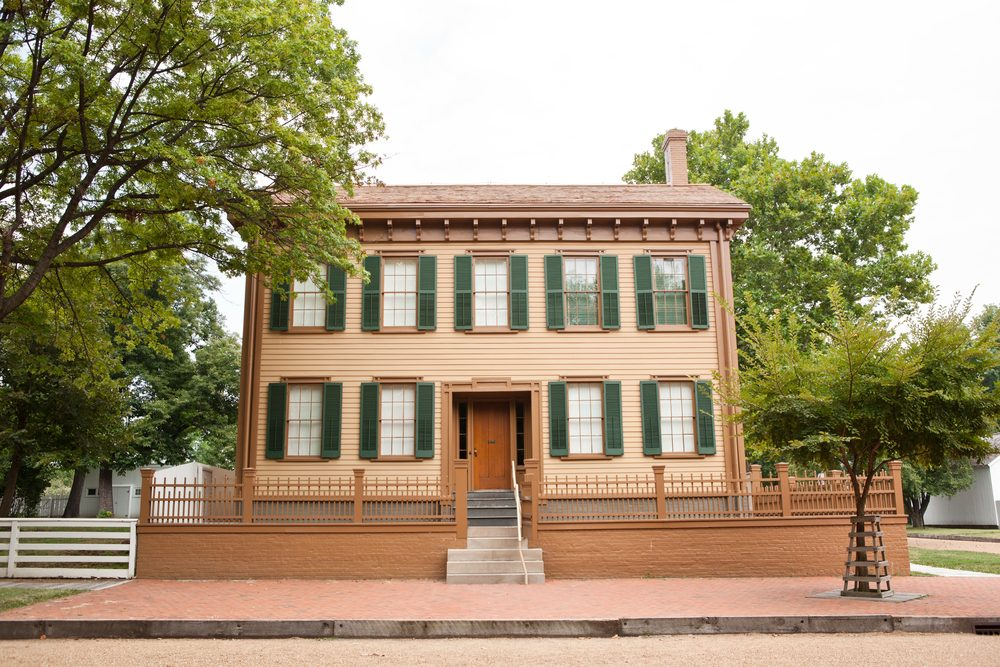 Exterior of Abraham Lincoln's home