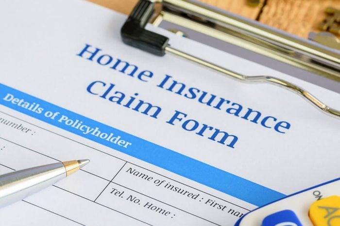 dfh12_shutterstock_455541607 home insurance claim