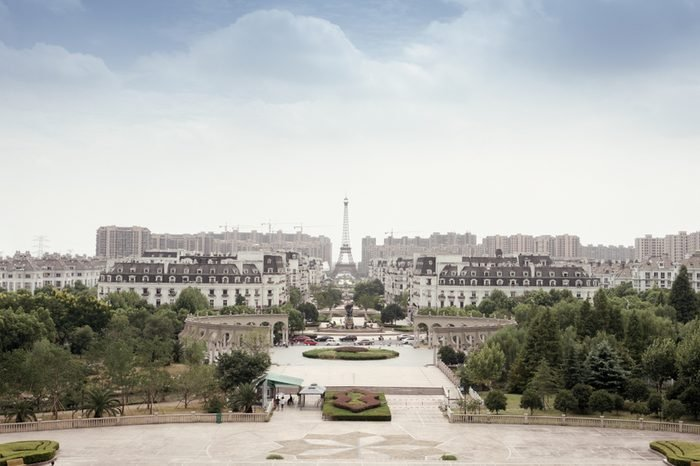 Eiffel in Tianducheng