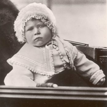 21 Adorable Royal Baby Photos Throughout History