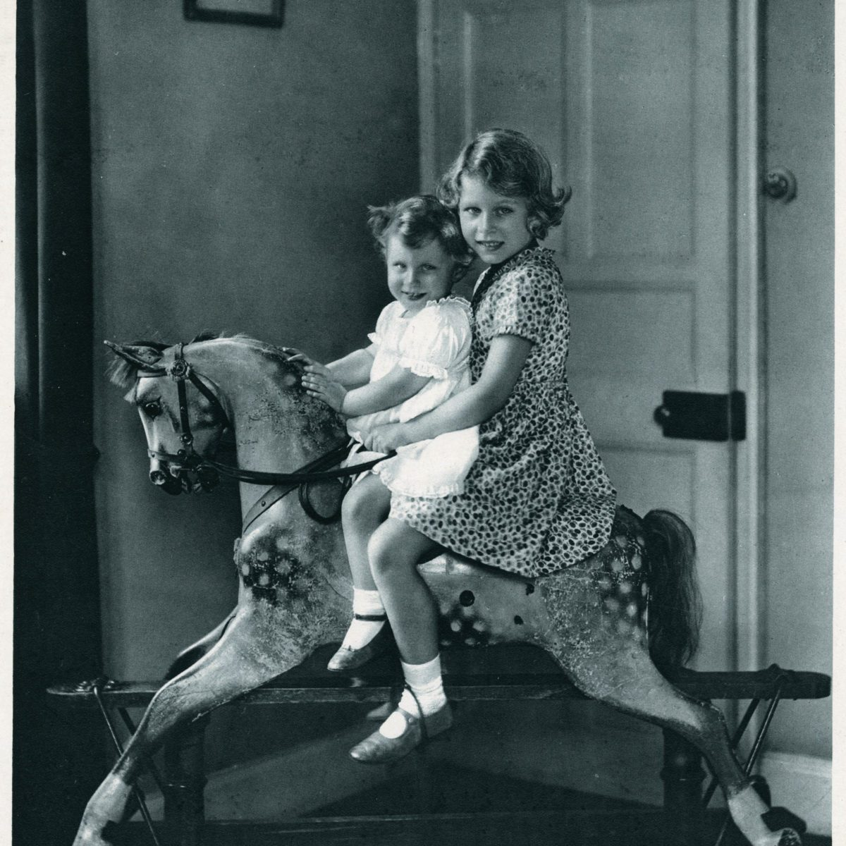 Rarely Seen Photos of the British Royal Family Through the Years | Reader's Digest