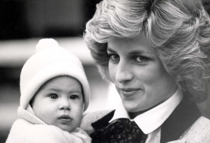 Prince Harry 1985 Carrycot Carrying Prince Charles In Flying Suit.. Prince William Got Off To A Flying Start Over The Rest Of His Family Yesterday. Three In June He Flew In A Ba Boeing 757 Scheduled Flight To Aberdeen Arriving With His 5 Companions N
