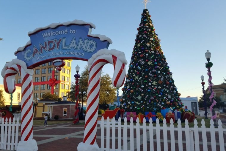 Okc Christmas Events.The Best Christmas Town In Every State Reader S Digest