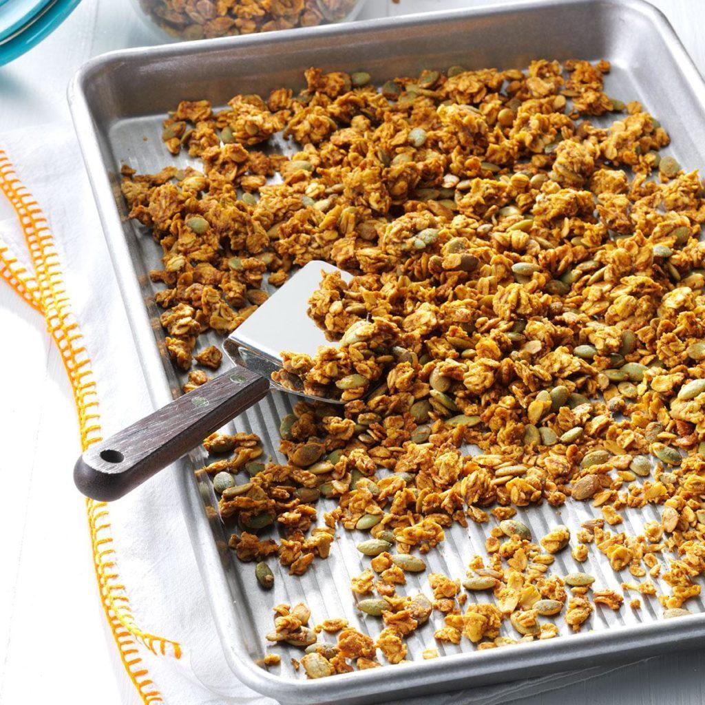 pumpkin pie spiced granola