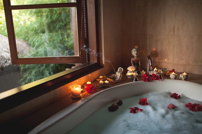 romantic bath. Romantic anniversary ideas